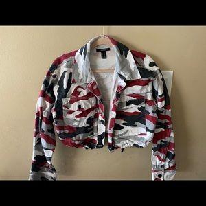 Crop top camouflage jacket